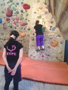 20140705女性のボルダリング体験